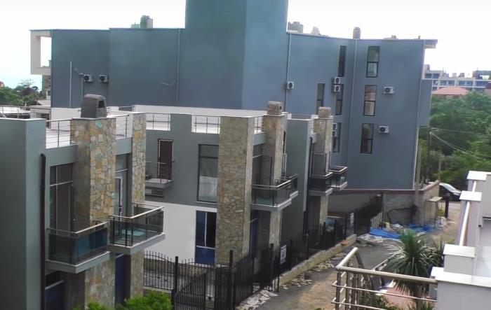 Танхаусы с ремонтом в Гонио вблизи Батуми 150000$