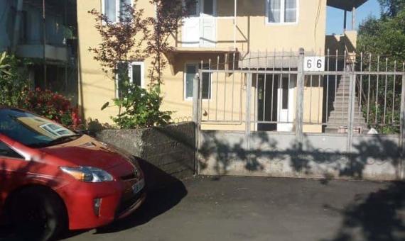 Купить дом и земельный участок в Батуми